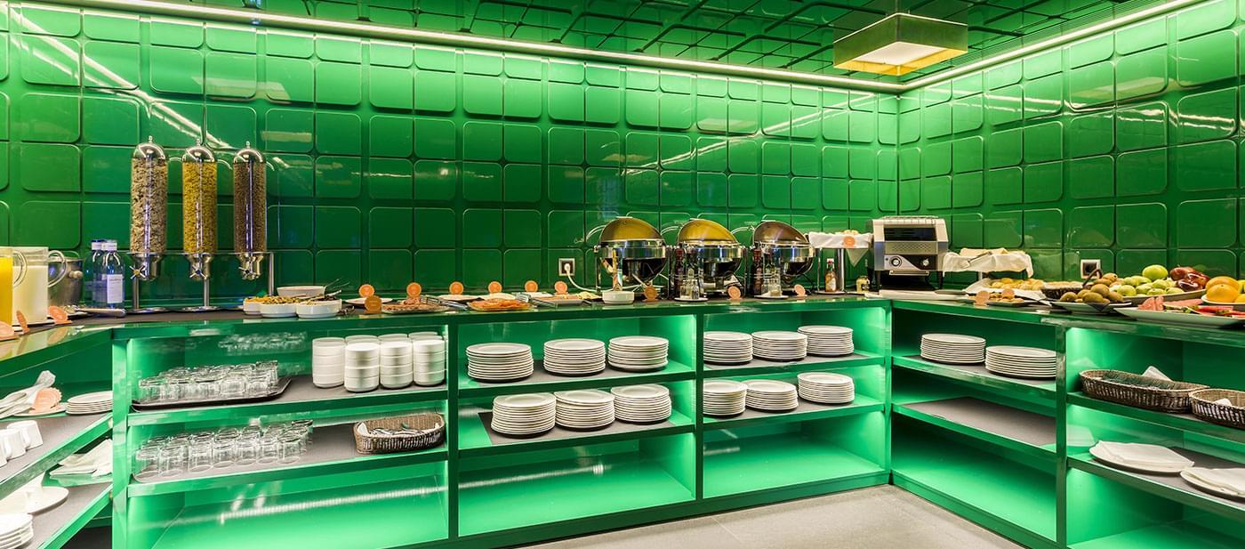 Designer Hotel In Barcelona Room Mate Carla