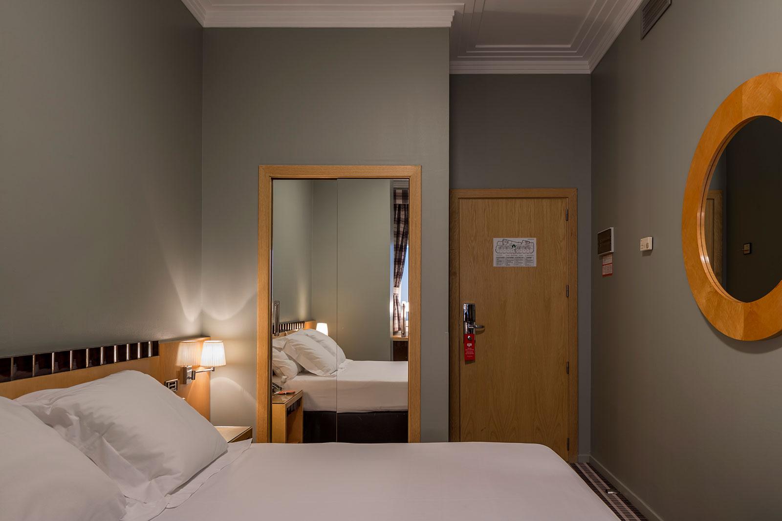 Photo - Room Mate Larios