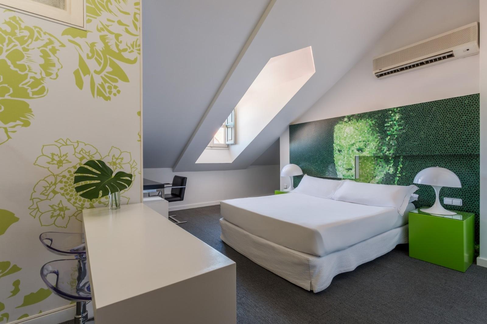 Design Hotel In Madrid Room Mate Laura