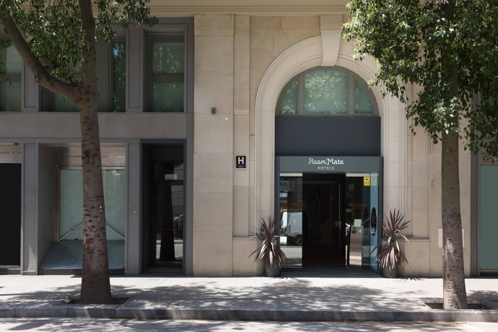 Standard Rooms Low Cost And Confortable In The Center Of: Boutique Hotel In Barcelona City Center