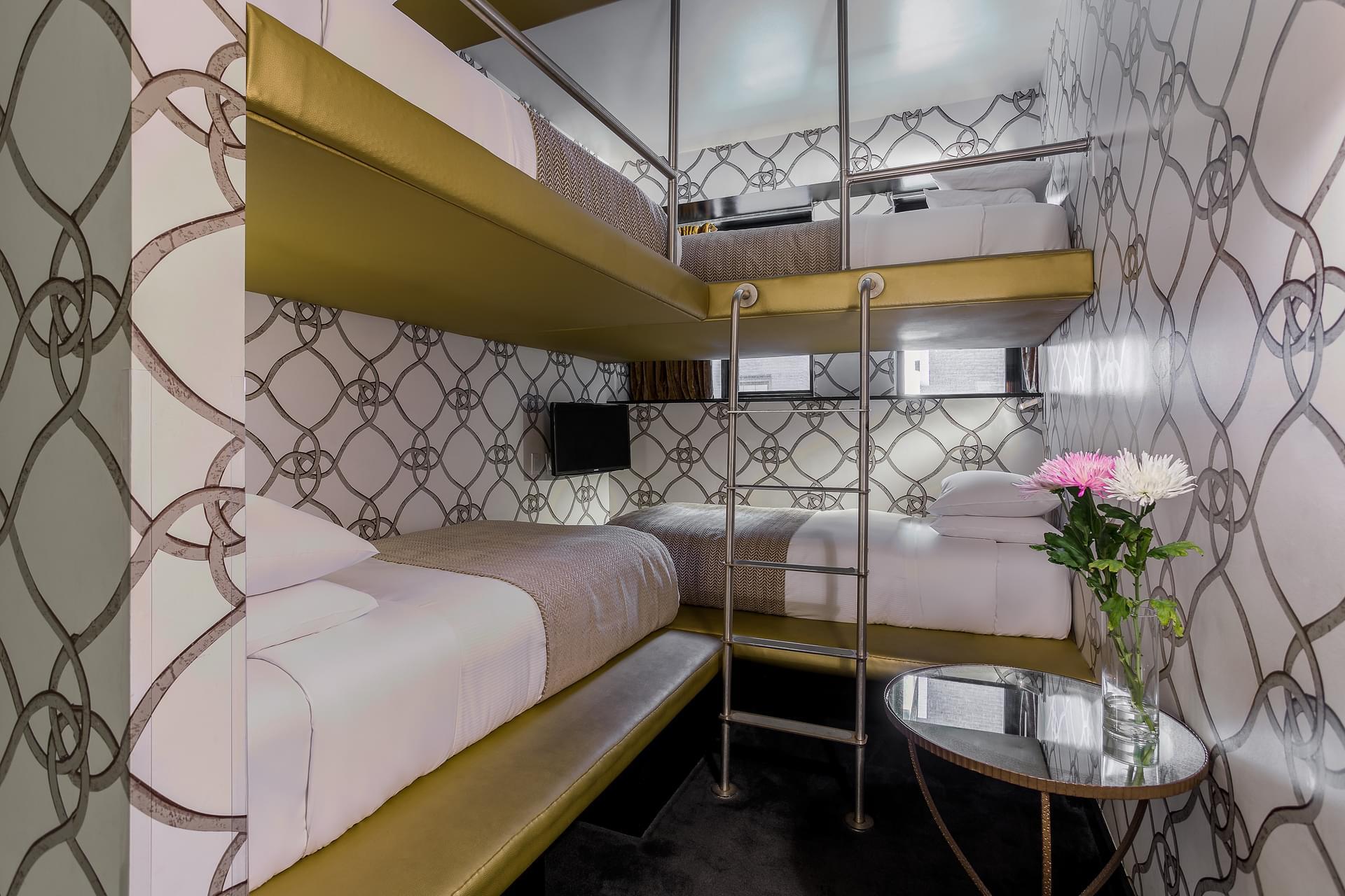 Sarasola Room Mate Grace
