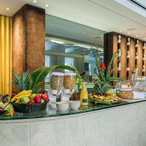 Buffet del hotel Lord Balfour